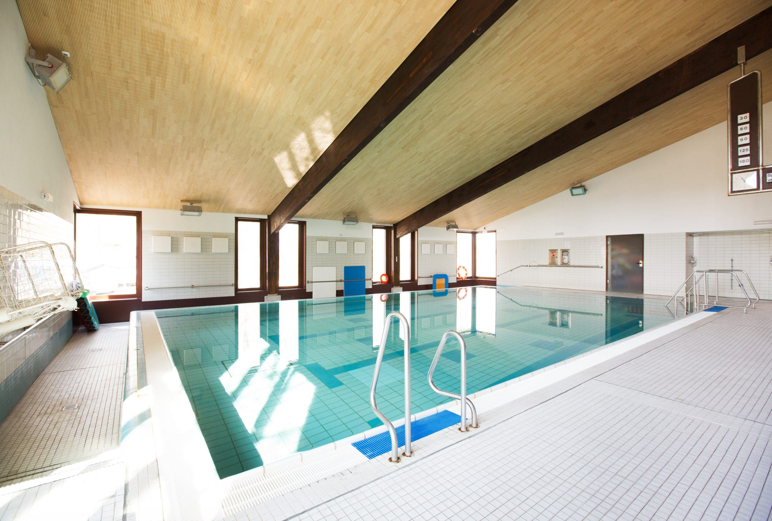 Eugen-Neter-Schule Schwimmbecken